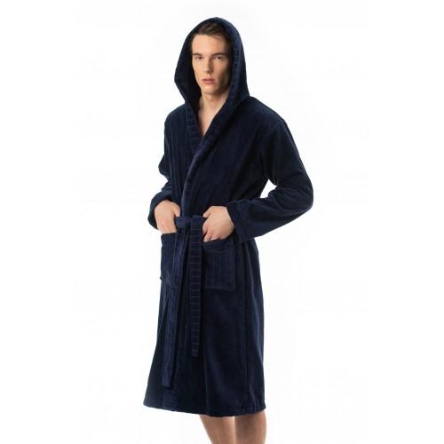 Halāts ar kapuci